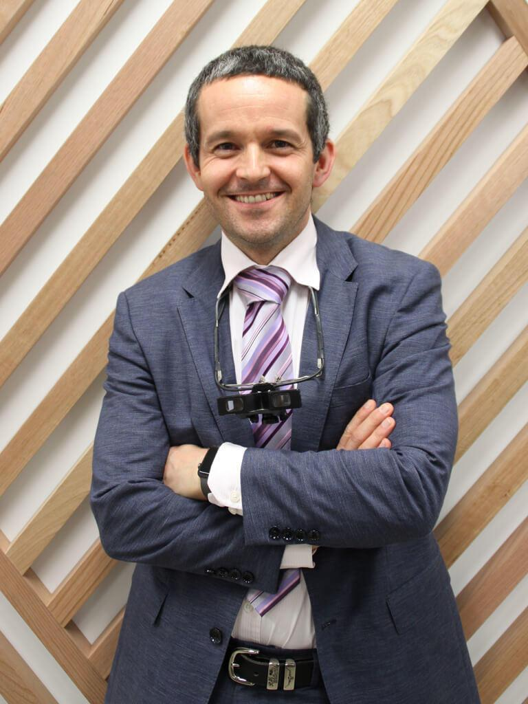 Dr David Hogan